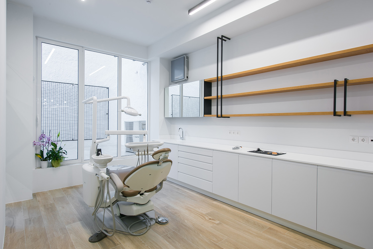 Candia Dental Clinic  - 10