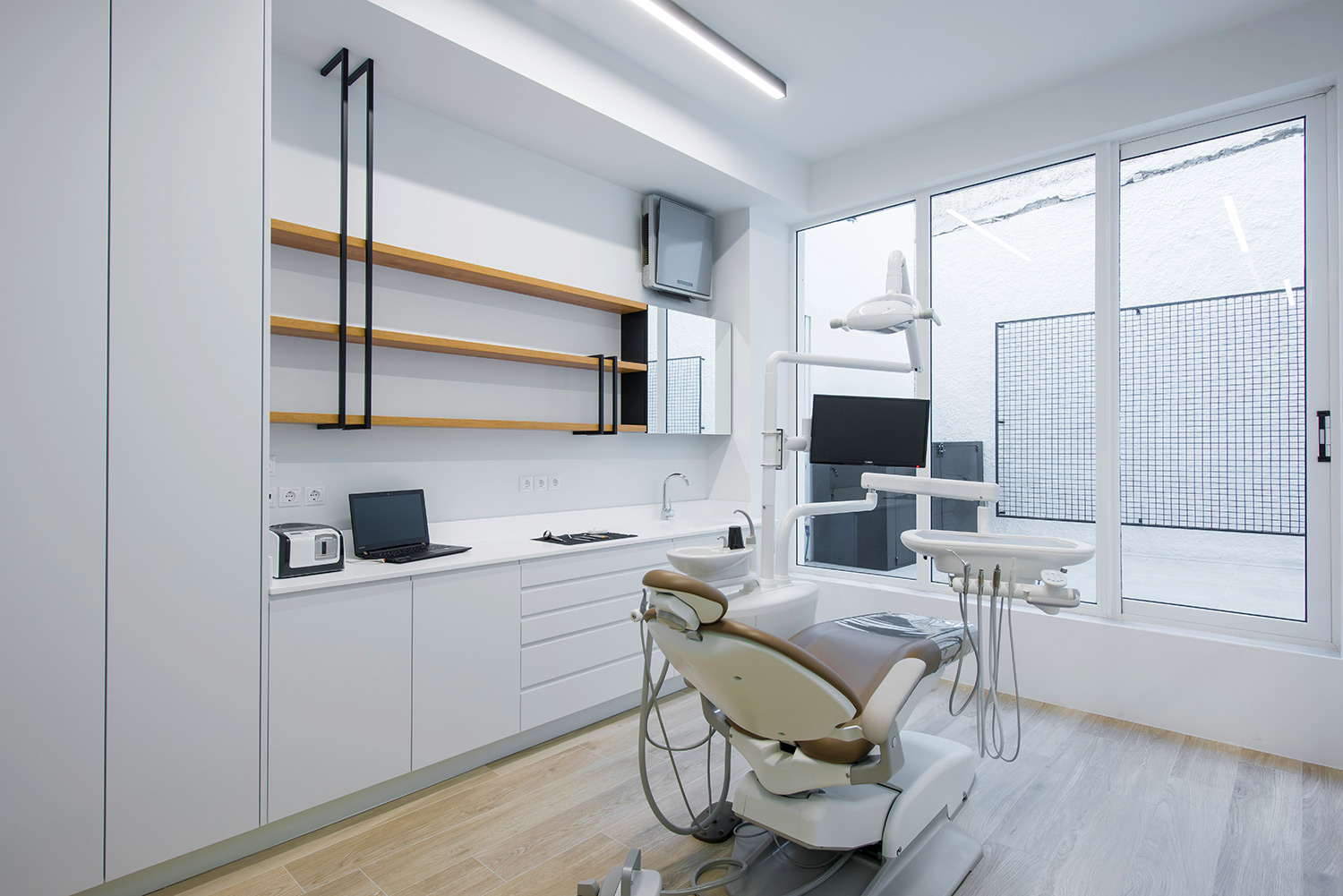 Candia Dental Clinic  - 9
