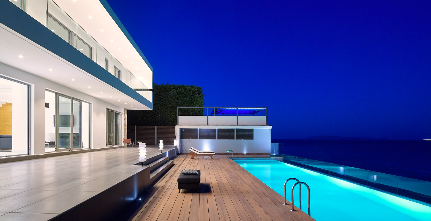 Private Villa on the Edge